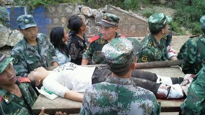 Un terremoto dejó saldo mortal en China
