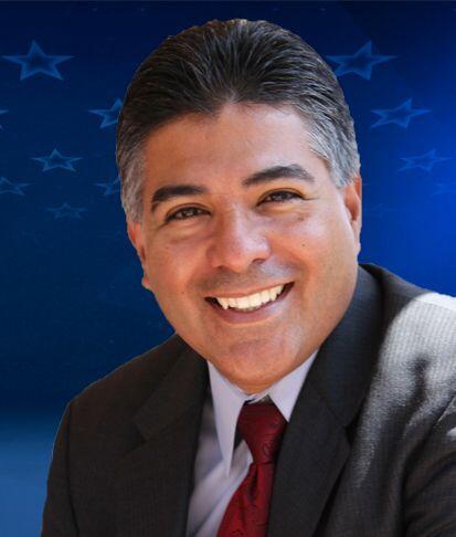 """""""1 de 11"""" California-D29: Rep.Tony Cárdenas (D) Es miembro del Consejo d..."""