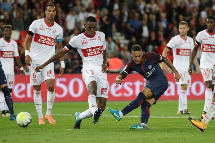 Pero faltaba un último gol. Neymar empezó la cuenta y la cerró. Al minut...