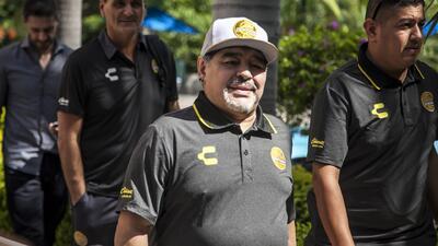 ¿Maradona es el técnico ideal para devolver a Dorados a Primera? Así opina la gente