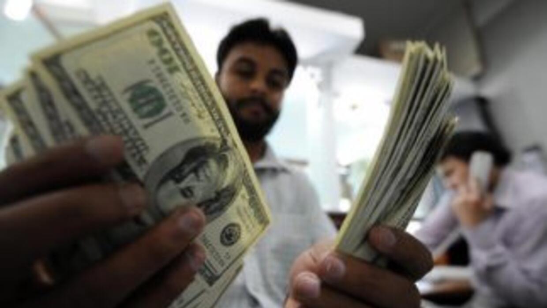De las remesas recibidas en el año, 2.488,9 millones de dólares fueron l...