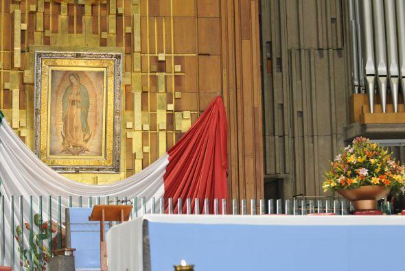 Bajo el presbiterio de la Basílica se encuentra la cripta guadalu...
