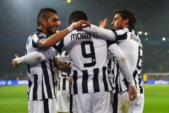 En otro escenario, el Juventus goleó como visitante al Borussia Dortmund...