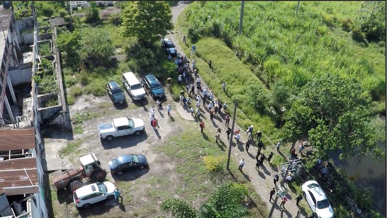 Decenas de brigadistas de diferentes estados mexicanos están saliendo al...