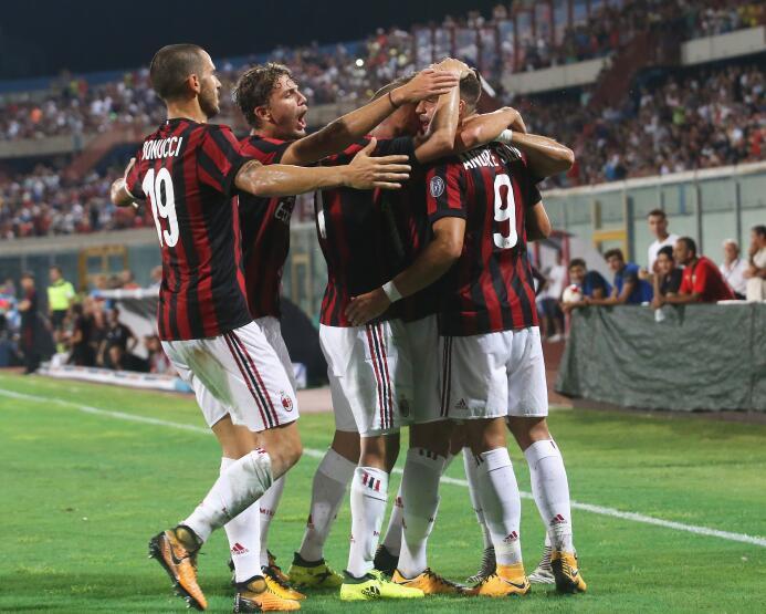 A.C. Milan (Italia): el equipo 'rossonero' fue vinculado al fasc...