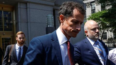El excongresista Anthony Weiner se declara culpable de enviar mensajes s...