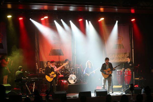 Juanes siempre ha sido fiel promotor tanto de la educación musical como...