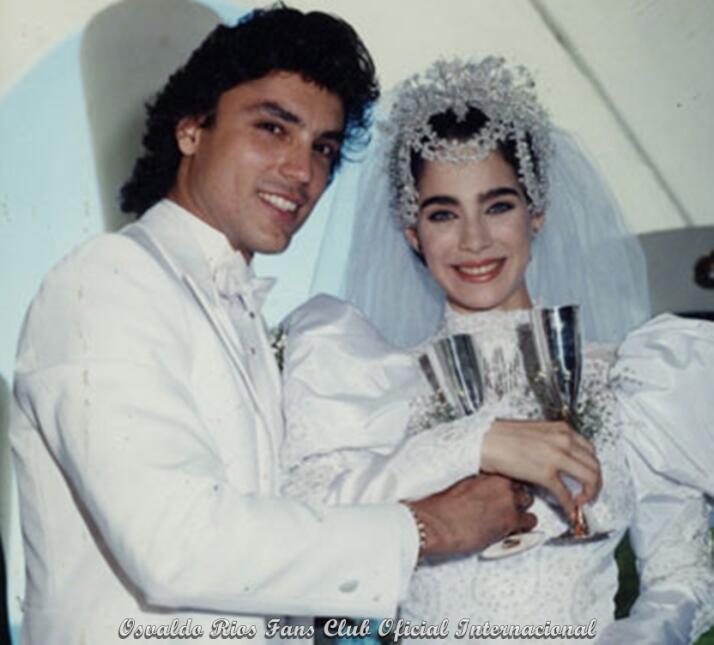 Osvaldo Ríos y sus esposas