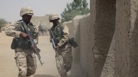 Tropas de Chad, país vecino de Níger, participan en un eje...