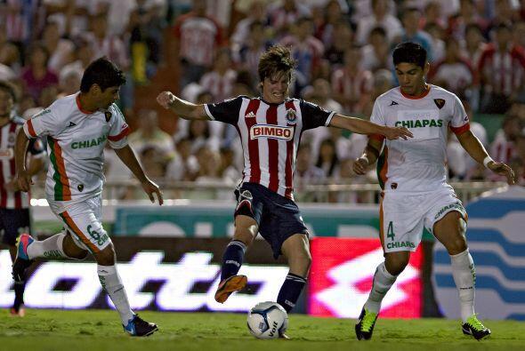 Un duelo en donde el ataque de Chivas, integrado por Omar Bravo, Aldo de...