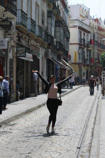 Estas son las fotos más bellas de Clarissa Molina en Sevilla IMG_4357.JPG