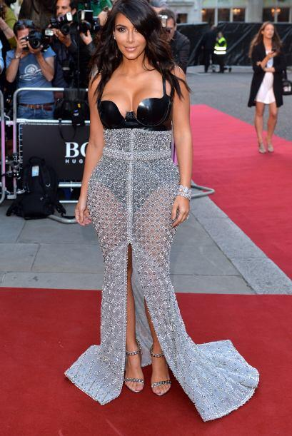 30. Así de sensual se presentó en los premios GQ en Londres.