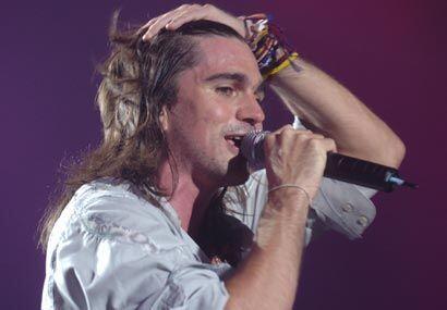 Juanes fue atrapado en las redes de la música desde temprana edad.