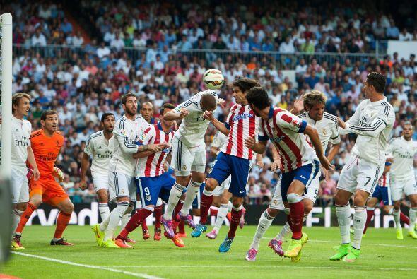 Hasta que al minuto 10 llegó un tiro de esquiba en favor del Atlético de...