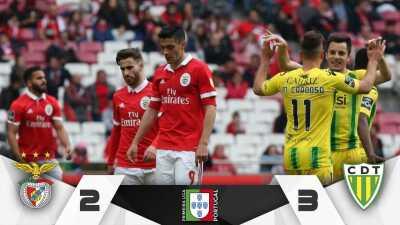 Raúl Jiménez y el Benfica se alejan del campeonato tras perder con el Tondela