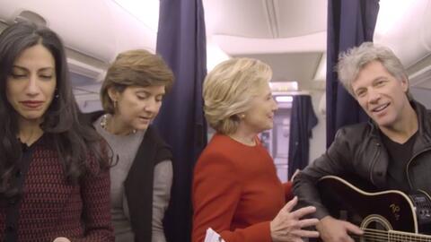 Usando la moda del 'mannequin challenge', Hillary Clinton pide que no se...