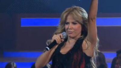 Gloria Trevi cantó con Pequeños Gigantes
