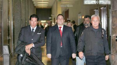 Hiram Monserrate fue expulsado del Senado estatal tras un incidente de...