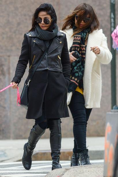 Darla, su pequeña perrita, disfrutó de andar en Nueva York.