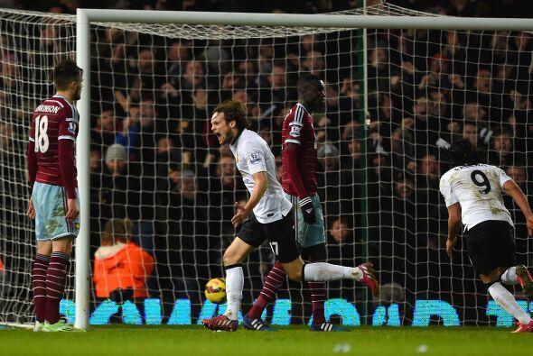 En el minuto 92 el Manchester United lograría el gol del empate con un r...