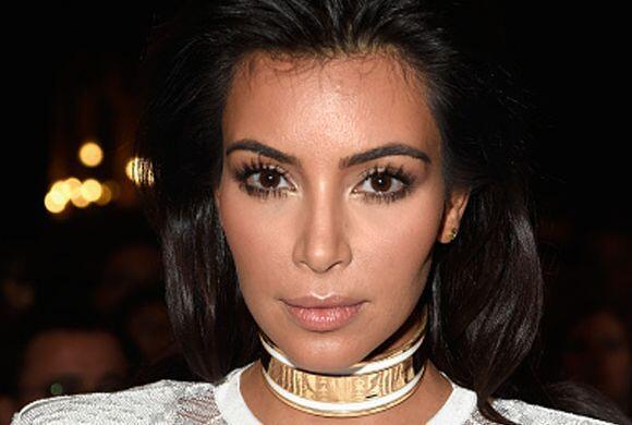 El amor por la moda le costó caro a Kim Kardashian, pues fue atacada a s...