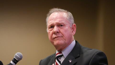EL candidato republicano al Senado por Alabama, Roy Moore, se defendi&oa...