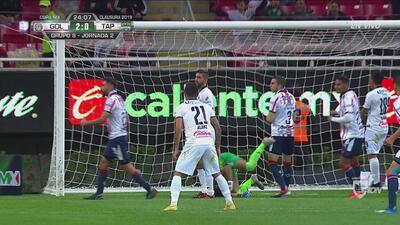 Autogol de Ibars, le da el 2-0 para Chivas