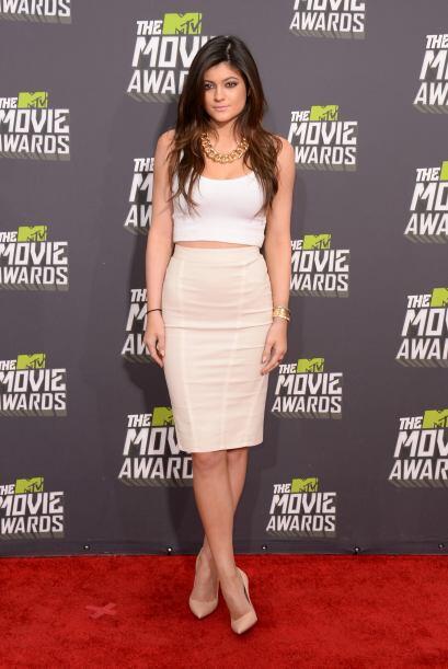 Kylie Jennern es el ejemplo viviente de que los vestidos de dos piezas v...