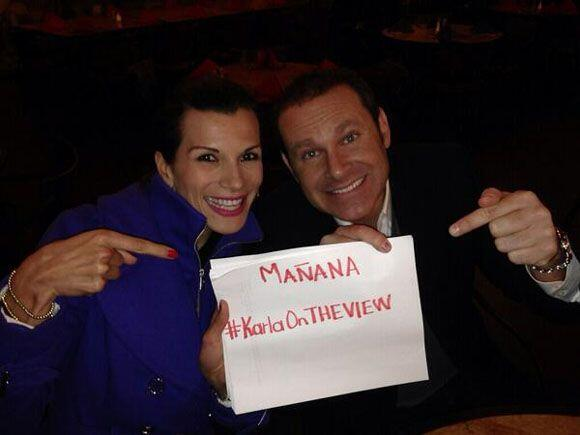 """Apoyemos mañana martes 26 de Nov a nuestra @KarlaMartinezTV a las 11 am..."