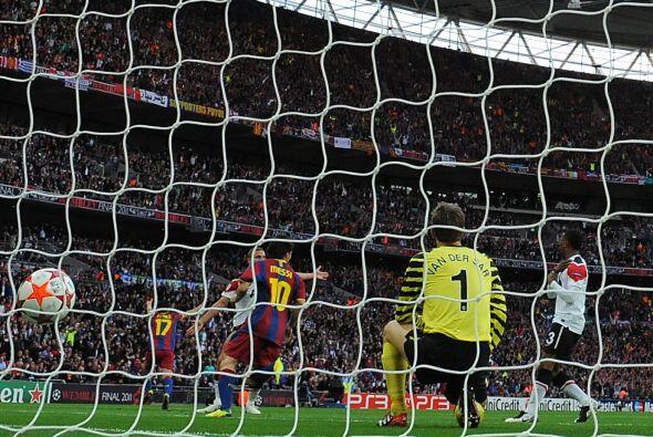 Era el 1 a 0 a favor del Barcelona y sorpresa en Wembley.