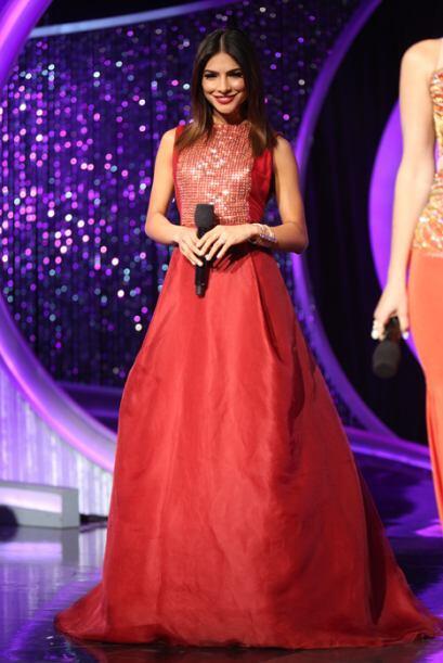 Este fue el segundo look que nos mostró Alejandra Espinoza.