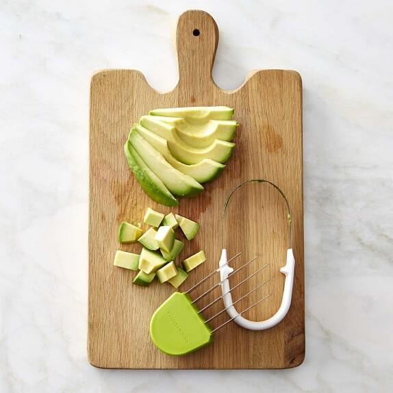 Los 32 utensilios que te harán un cocinero más feliz 12_cortador-aguacat...
