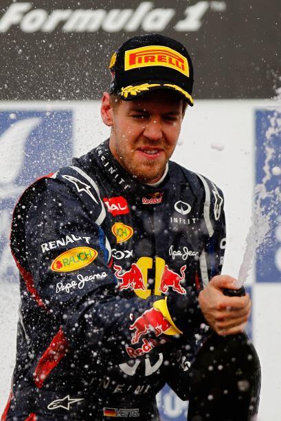 Con esta victoria, Sebastian Vettel se convierte en el líder del mundial...
