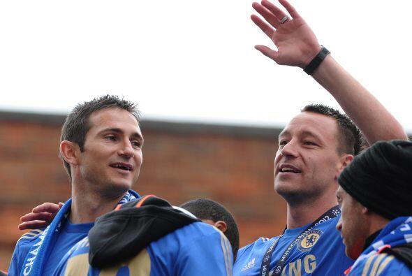 Frank Lampard y John Terry, dos emblemas del balompié ingl&eacute...