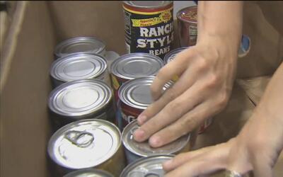 Se recaudan alimentos en el Market Square para los más necesitados