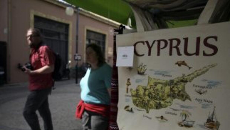 Es posible que el presidente de Chipre, el conservador Nikos Anatasiadis...