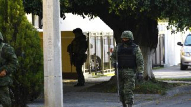 En un rápido golpe de la Marina fue detenidoEl ChapoGuzmán en un hotel...