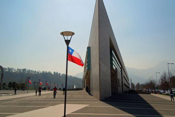 La municipalidad de Vitacura es una de las más modernas de la cap...