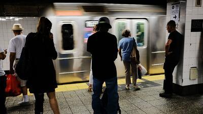 Concejo de Nueva York aprueba crear del 'defensor de pasajeros' para usuarios del metro