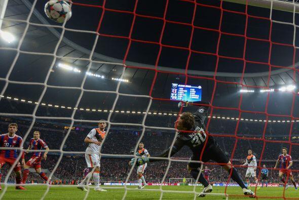 Muller marcaría su segundo gol del partido en el minuto 51 de tiempo cor...