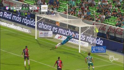 ¡Hay portero! Pepe Hernández saca el tercero de Santos de la línea