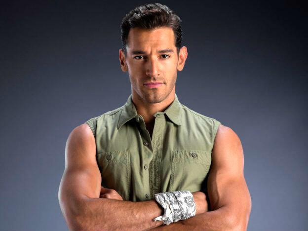 Raúl Coronado es Miguel