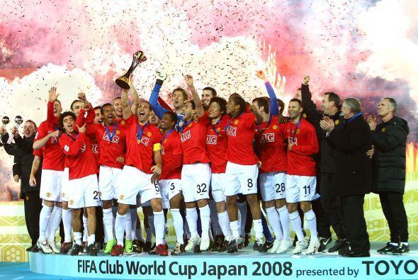 La Copa se quedó en Europa por segunda vez, ya que el 'Man-U' venció a l...