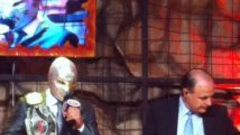 Místico dejó el campeonato welter del CMLL (Foto: CMLL)