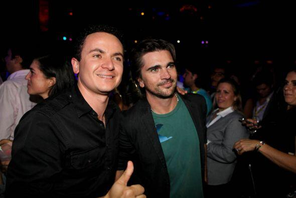 3 de las mas grandes estrellas de la música Colombiana....todos en un lu...