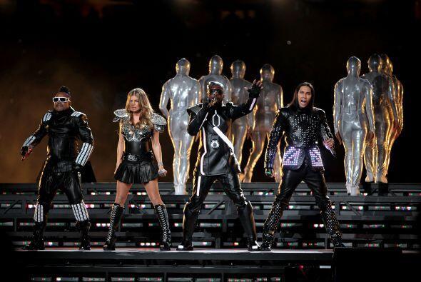 """Black Eyed Peas también interpretó el tema """"Where Is The Love?"""""""