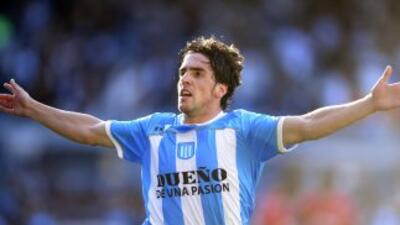 Gabriel Hauche anotó con una chilena de espaldas al arco de Independient...