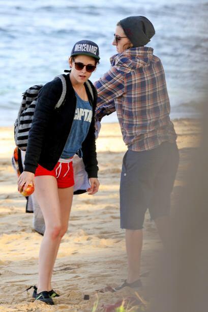 Kristen y Alicia disfrutaron de la playa.