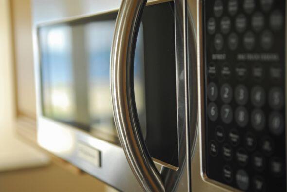 Consigue un horno con el poder de cocinar 50 por ciento más rápido, util...