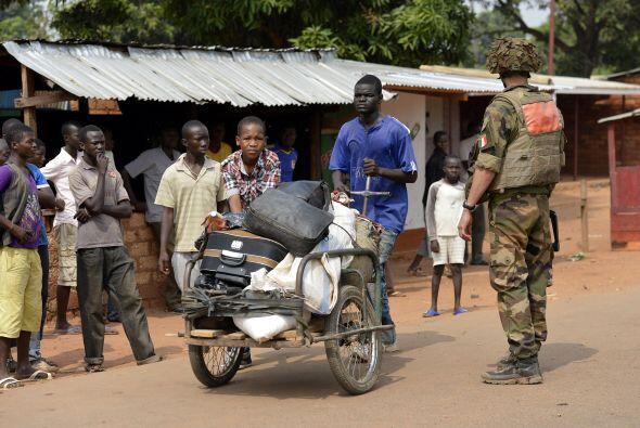 Aunque el FMI prevé que la economía de la República Centroafricana se es...
